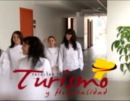TALLER-PRÁCTICO-DE-HOSPITALIDAD-Y-TURISMO-UDLA