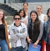 Estudiantes internacionales con personal de Programas Internacionales y UDLAmigos