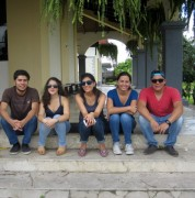 Estudiantes UDLA brigada medica