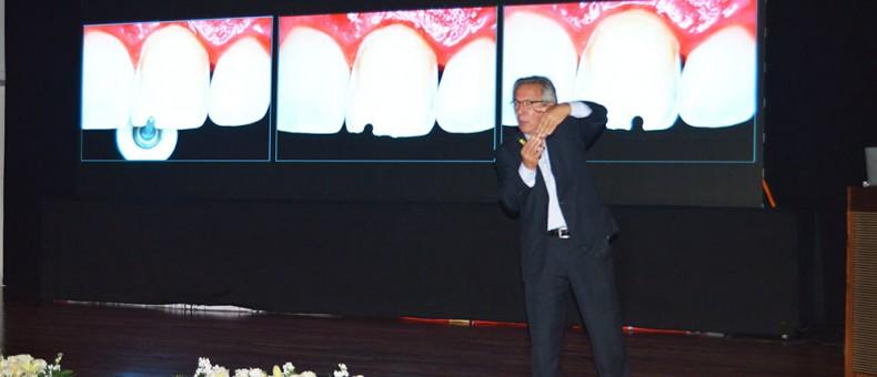 UDLA organiza Congreso de Odontología