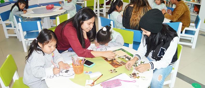 Niños de Nayón aprenden a leer mejor en la UDLA
