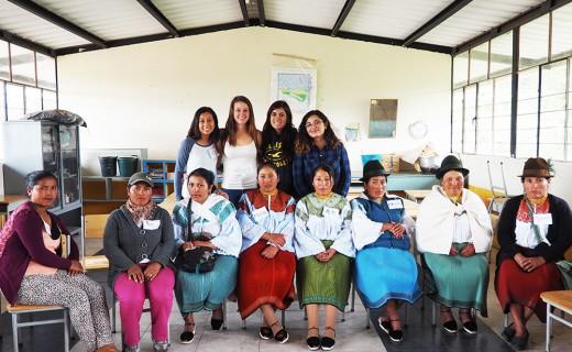 Roles de género en comunidad indígena es tema de proyecto de vinculación