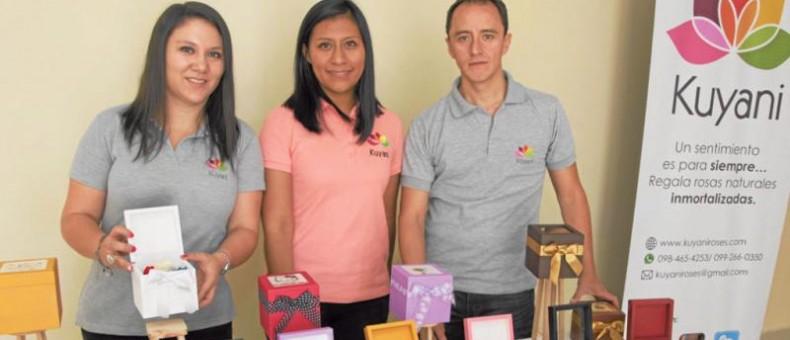 María Fernanda Troya, Gabriela Pijal y Guillermo Campoverde dieron vida al emprendimiento Kuyani. Foto: Galo Paguay / Cortesía LÍDERES